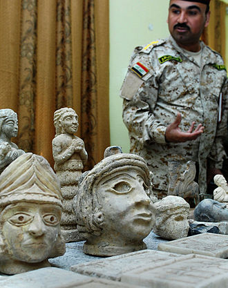 Archaeological looting in Iraq - Recovered artifacts on display in late 2008