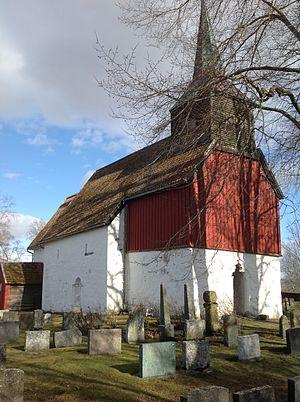 Hustad Church - Image: Hustad kyrkje Inderøy fra nordvest