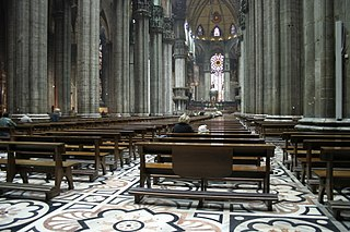 Inside view of the Duomo di Milano.