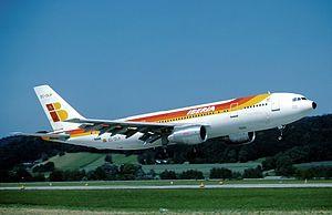 Iberia Airbus A300B4-120 EC-DLH.jpg