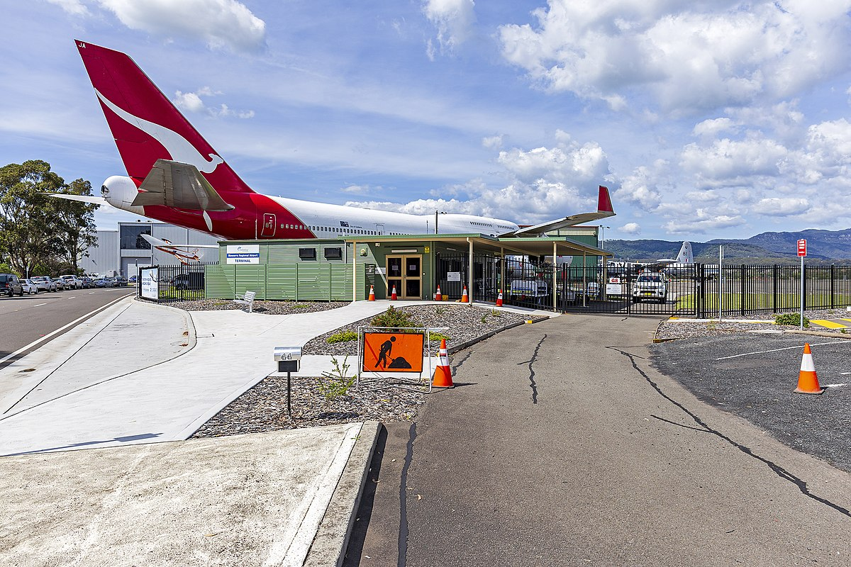 Shellharbour Airport - Wikipedia