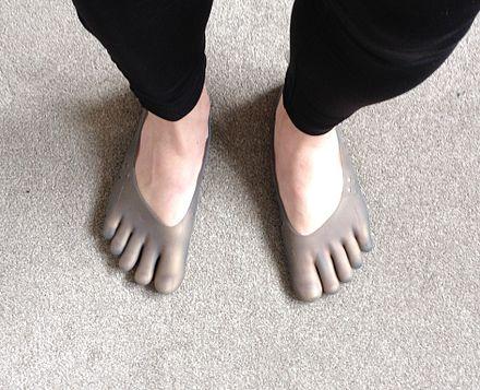 Duck Feet Running Shoes