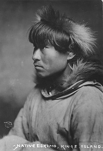 Alaska Natives - Image: Inuit man 1906