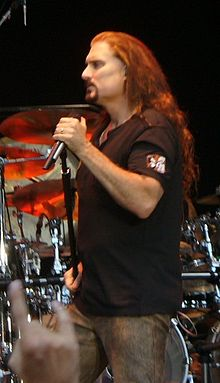 Mengenal Personil Dream Theater 220px-James_LaBrie2_%28H.I.%29