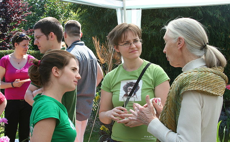 Jane Goodall with volunteers of Roots and Shoots, Hungary