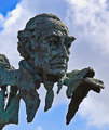 Jdv monumento 3 poetas badajoz.png