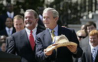 Jim Irsay & George W. Bush 20070423-6 d-0847-513h.jpg