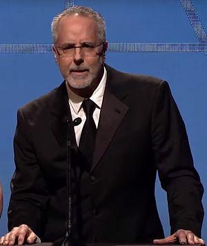 Jon Avnet - Jon Avnet presenting Art Directors Guild award in 2014