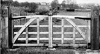 King George's Fields - Bronze heraldic panels in a King George V Field gateway