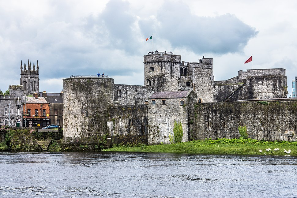 KING JOHN'S CASTLE - IMAGES FROM THE STREETS OF LIMERICK (14271220597)