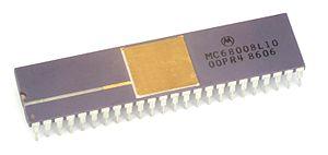 Motorola 68008 - Motorola MC68008.