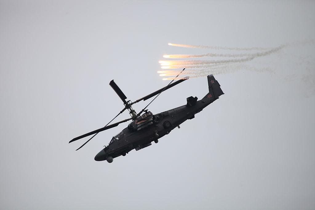 Ка-52 «Аллигатор» во время учебной атаки