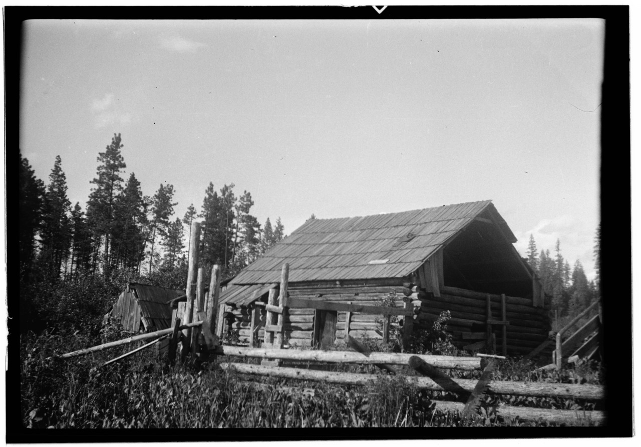 Marvelous photograph of File:Kalispel Indian Log Cabin Usk Pend Oreille County WA HABS WASH  with #666666 color and 1280x893 pixels