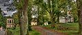 Kamenice zahrada s pavilonem a kostelem.jpg