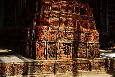 Kantanagar-Temple -Close-shot-03.jpg
