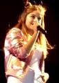 Karol Sevilla en concierto.png