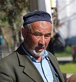 Photographie d'un homme âgé.