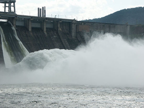 Hydroelectric Power With Generators Video For Kids