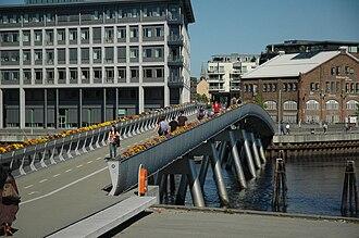Verftsbrua - Image: Kreuzfahrt Norwegen 1324