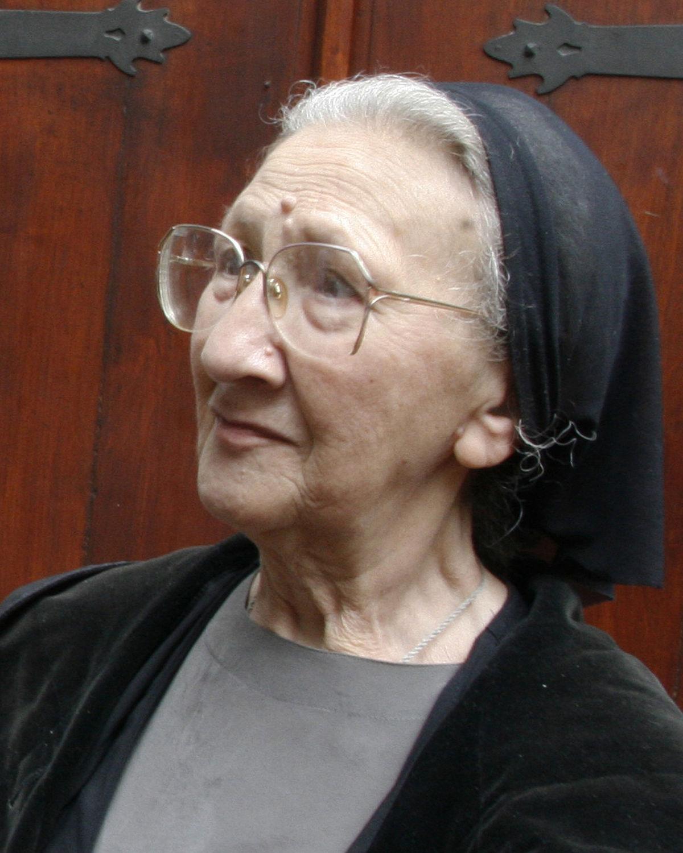Ksenia Dezhneva: biography and creativity 5