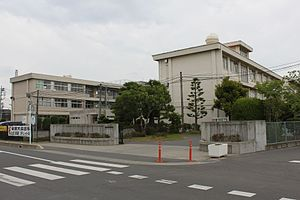 Kumagaya-Higashi junior high school.jpg