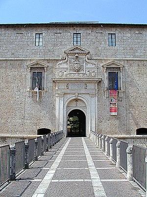 Forte Spagnolo, L'Aquila - Gate.