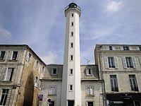 La Rochelle - Phare du Quai Valin (3).JPG