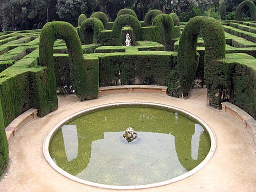 Jard n del laberinto de horta barcelona for Jardin laberinto
