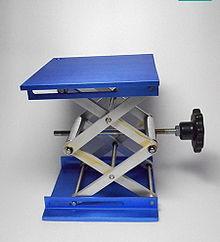 Laboratory scissor jack - Wikipedia