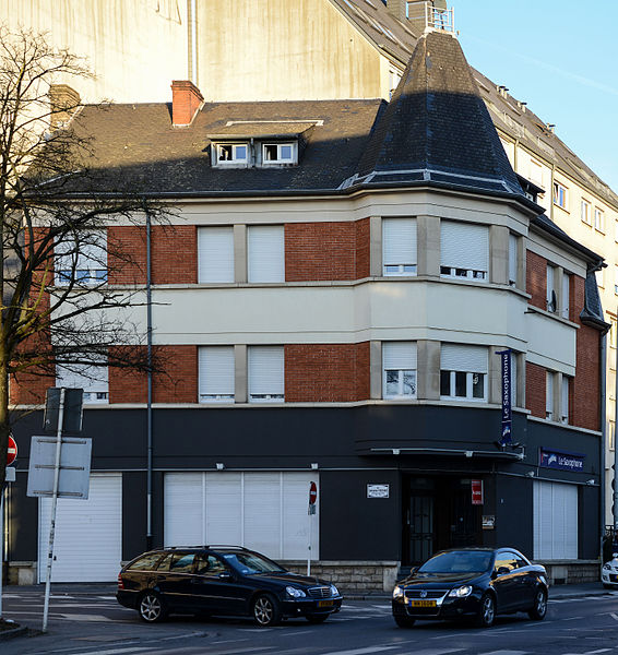 File:Le Saxophone, rue de Hollerich-101.jpg
