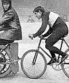 Le stayer Henri Contenet, double recordman mondial de l'heure derrière entraîneur, en 1902 et 1903.jpg