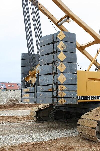 File:Liebherr Raupenkran 3.JPG