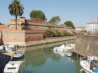 Ligurian Sea - Image: Livorno Fortezzanuova 3