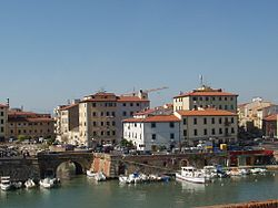 Livorno Il pontino.JPG