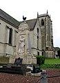 Longpré-les-Corps-Saints monument-aux-morts.jpg