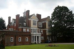 Loughton - Loughton Hall today