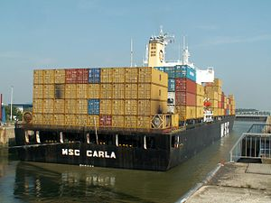 MSC Carla astern at Port of Antwerp, Belgium 30-Aug-2005.jpg