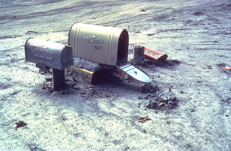 File:MSH80 mailboxes along cowlitz river 1980.jpg