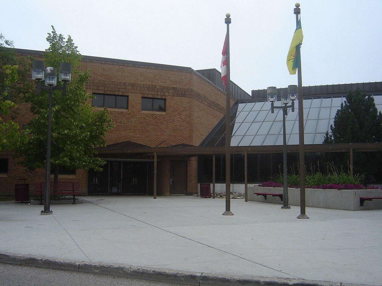 Marion-M-Graham-Collegiate.jpg
