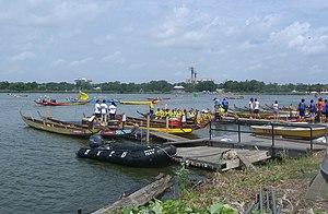 Hong Kong Dragon Boat Festival in New York - Preparing to launch