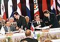 Menem y Frei en la Cumbre Iberoamericana 1996.jpg