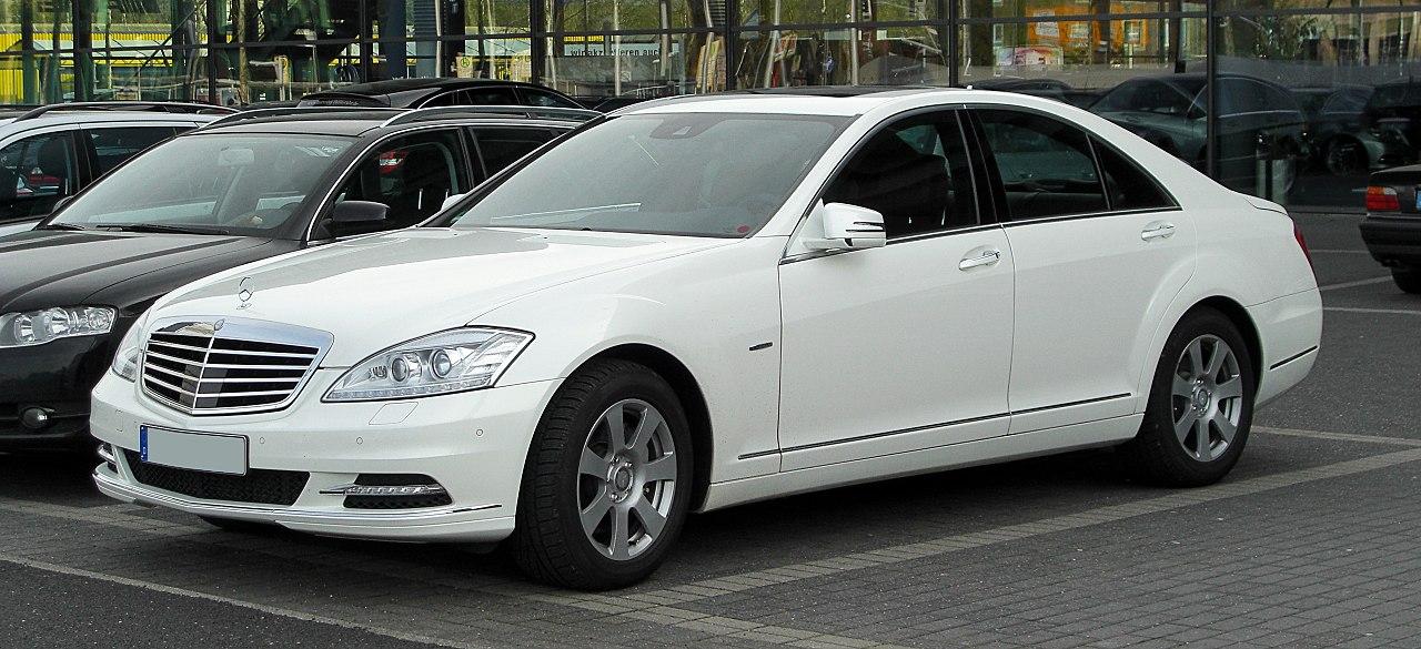 Genuine Mercedes Benz Floor Mats For E