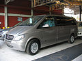 Mercedes Benz Viano 2.2 CDi Fun 2011 (14901219858).jpg