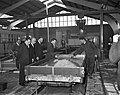 Minister Van Aartsen opent nieuwe fabriek aan Hemweg, Bestanddeelnr 913-4021.jpg