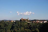 Monteviale, panorama con chiesa dell'Assunta.JPG