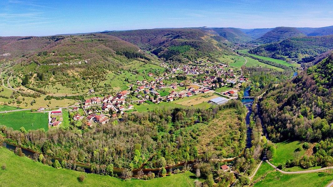 Vue générale du village de Montgesoye