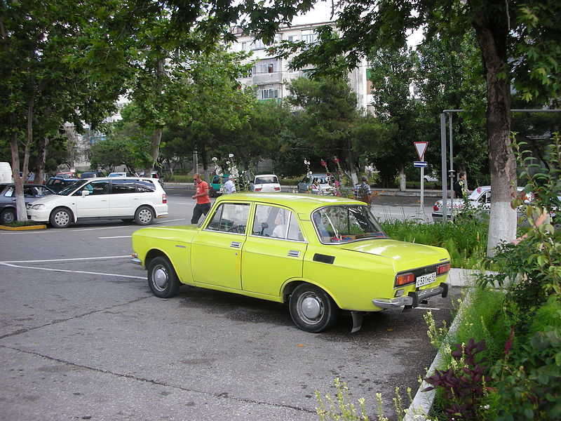 pick up IZH 800px-Moskvitch_2140_Novorossiysk