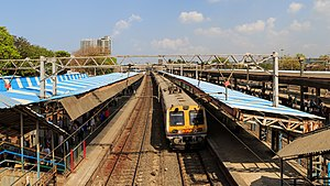 Mumbai 03-2016 47 Mahim Junction.jpg