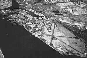 Philadelphia Naval Shipyard - Aerial view NAMC Philadelphia, Mustin Field, and the shipyard in the mid-1940s