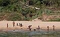 Nam Ou-Bootsfahrt-60-badende Kinder-gje.jpg